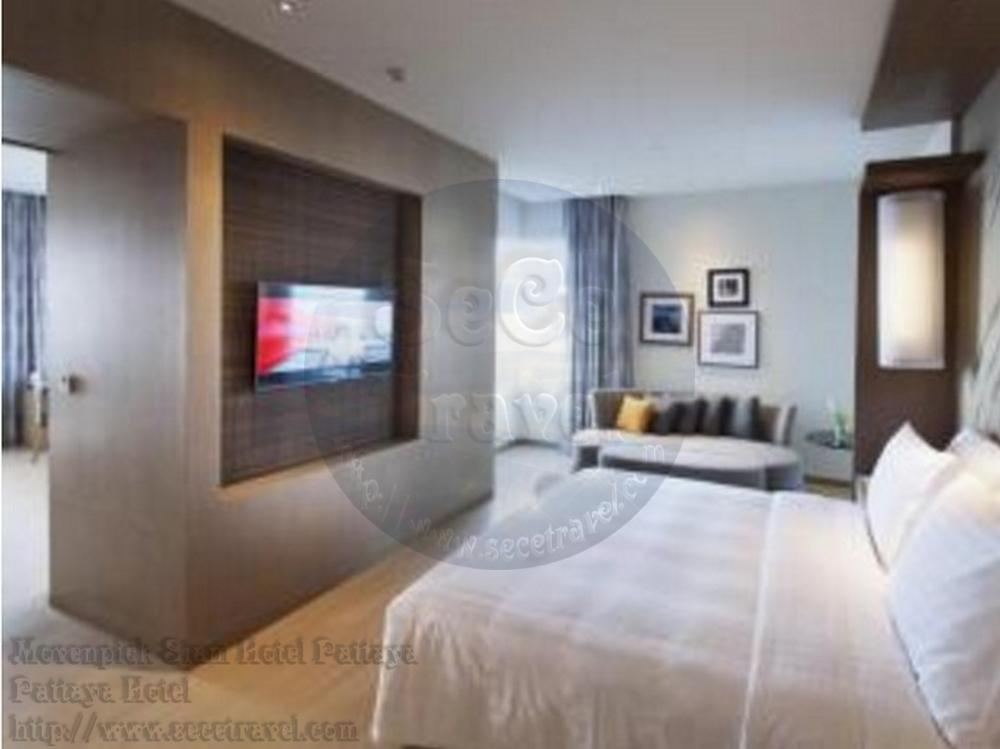 SeCeTravel-Movenpick Siam Hotel Pattaya-Executive Suite Sea View-bedroom2