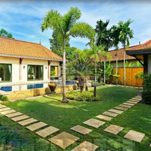 SeCeTravel-Two-Villas-Holiday-Oriental-Style-Layan-Beach-Phuket-Thailand-Villa-2