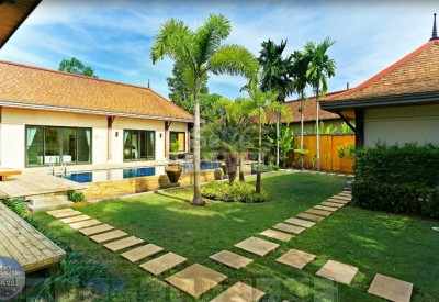 SeCeTravel-Two-Villas-Holiday-Oriental-Style-Layan-Beach-Phuket-Thailand-Villa-2