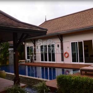 SeCeTravel-Two-Villas-Holiday-Oriental-Style-Layan-Beach-Phuket-Thailand-Villa-7
