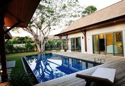 SeCeTravel-Two Villas Holiday Oriental Style Nai Harn Beach-bedroom-8