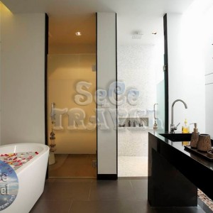 SeCeTravel-Wings-Phuket- Villa-by-Two -Villas- Holiday-bathroom-1