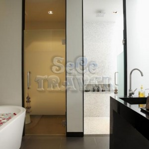 SeCeTravel-Wings-Phuket- Villa-by-Two -Villas- Holiday-bathroom-3