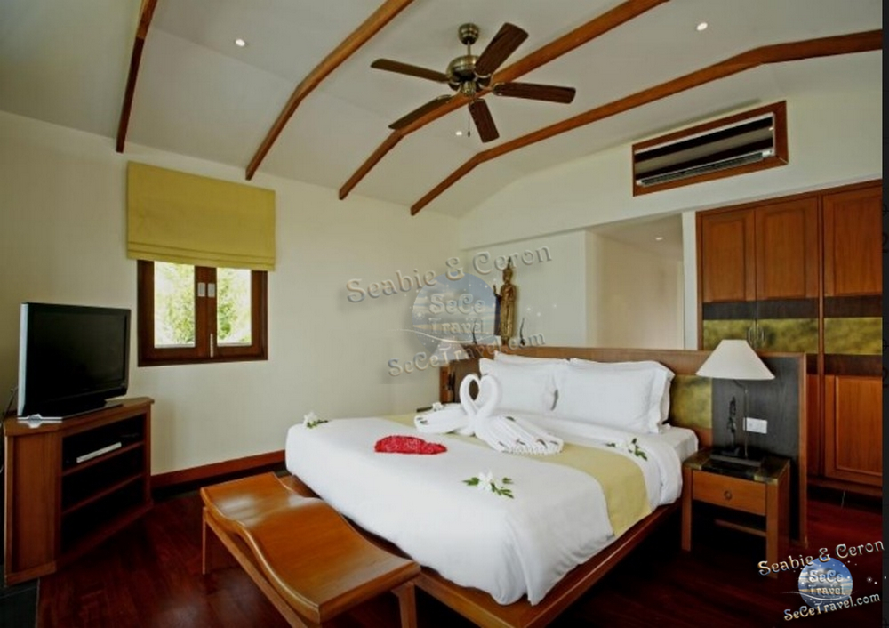 The Village Coconut Island Beach Resort-2 BEDROOM BEACH FRONT POOL VILLA-MASTER ROOM-2